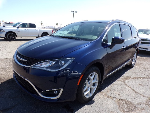 2017 chrysler pacifica owners manual